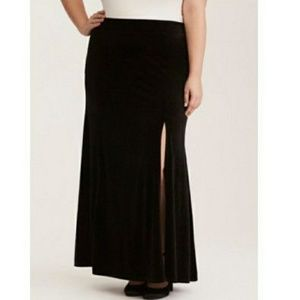 Torrid 2 Black Velvet Sexy High Slit Maxi Skirt